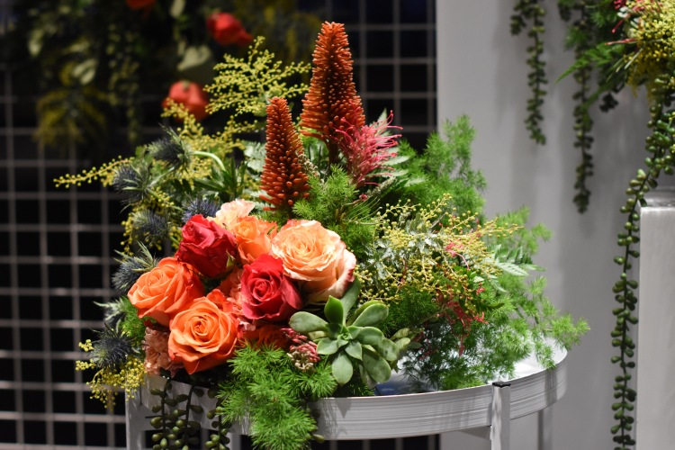 J001590_ChrHansen@NGV - Welcome Decor Floral Close Up 03